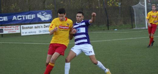 Jaouad Akloud in duel met Lars Kamperman Leferink